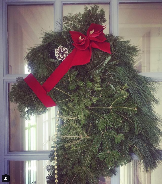 horse holiday wreath
