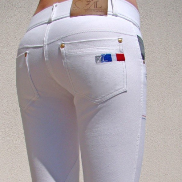 BREECH: White Breech Obsession Alexandra Ledermann